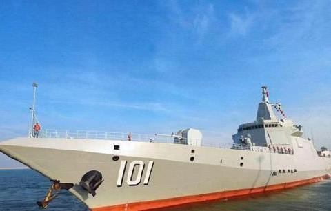 美舰刚来挑事,中国海军迎来一件大喜事:第8艘万吨大驱开工建造