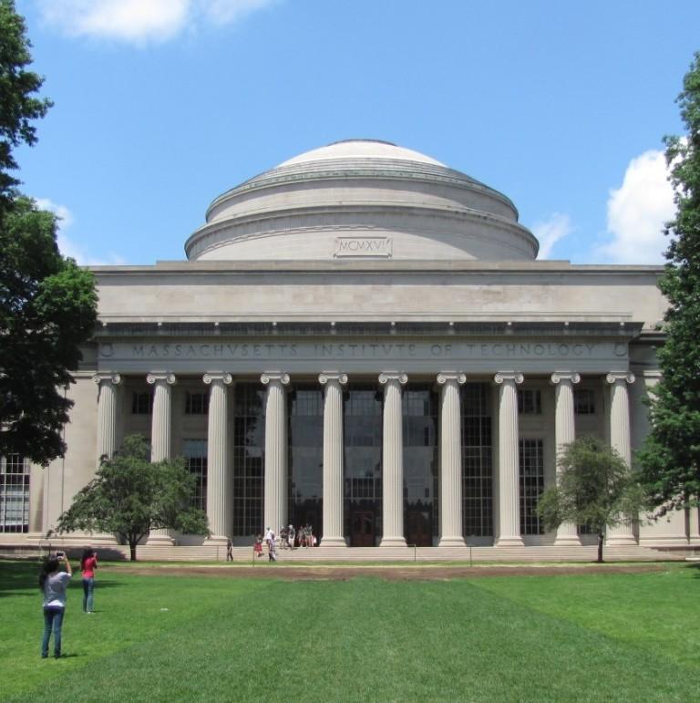 MIT人工智能独立设系!拆分EECS为EE、CS、AI+决策三部分,直接归学院管理