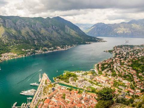 情侣旅行别去黑山,游客:黑山居然是个城市,确定回得来?