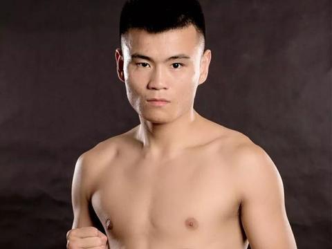 峨眉少侠赵传林TKO世界第7,望创中国拳手国际踢拳大赛最佳排名