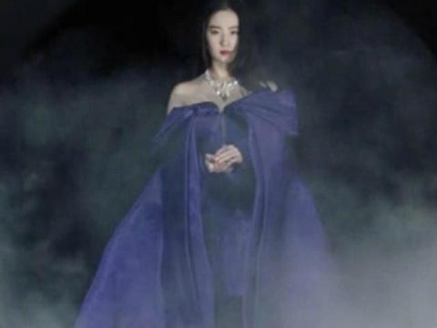 刘亦菲2020年时尚芭莎开年刊预告来袭,而脖子上的珠宝价值千万