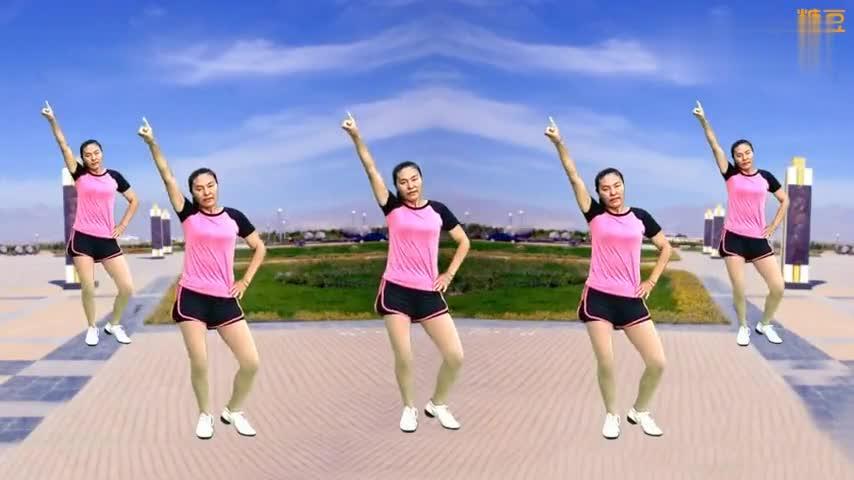 好听好学的健身广场舞,左右摆胯,轻松瘦腰腹,一看就会