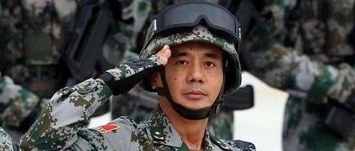 解放军重要改革之际,大阅兵领队晋升中将