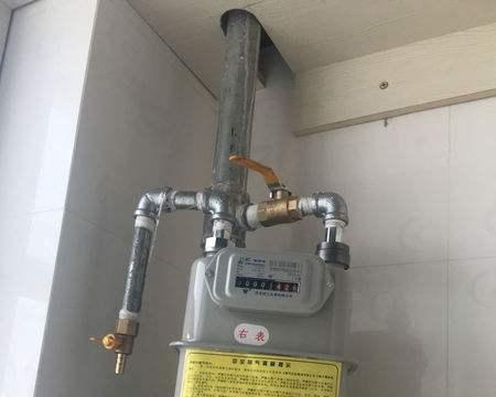 装修时能不能把燃气表封在橱柜里?燃气公司有规定,只能这样封