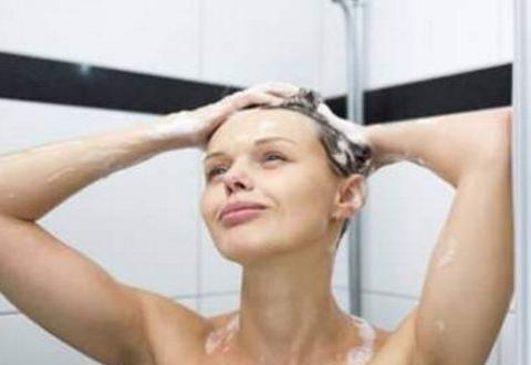 """女性""""经期""""洗澡需注意的3大细节,为了自身健康,多多了解"""