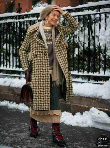 千鸟格有一个最大的特点,决定了它很难过气,王妃都在穿