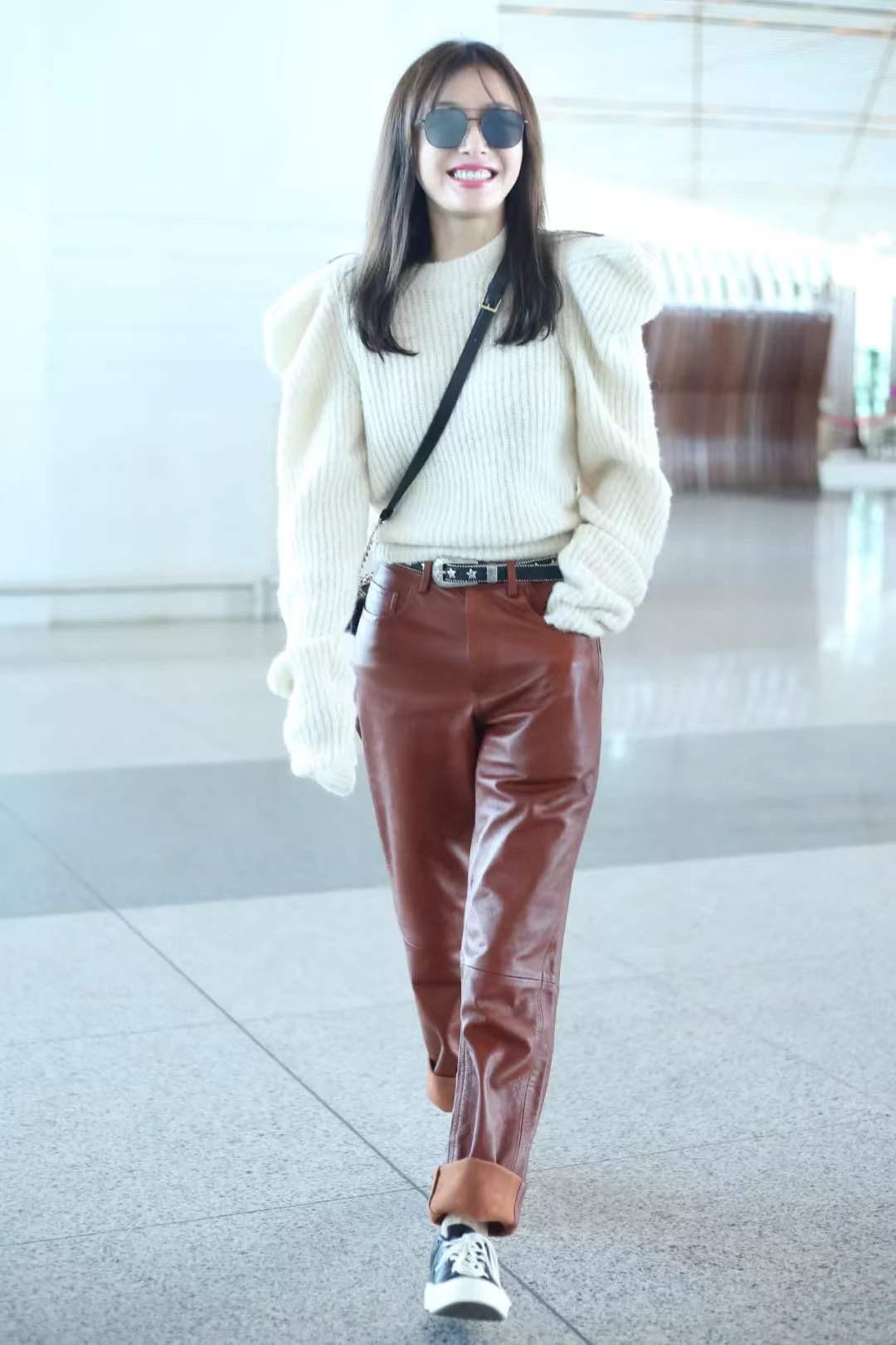 冬天必备白色毛衣,贝嫂乔欣秦岚都在穿,轻松get高级感