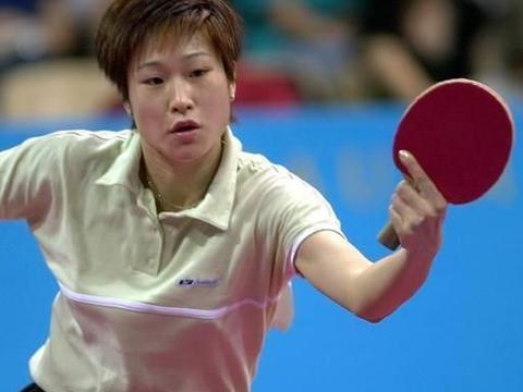 乒乓往事!99年总决赛之衰,王楠被陈静3-0横扫,李菊亦输陈静
