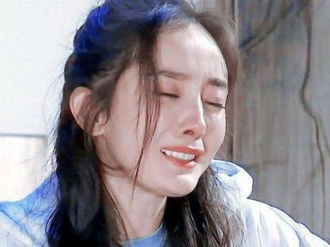 """刘恺威问""""小糯米"""":想不想妈妈?听到女儿的回答,杨幂泣不成声"""