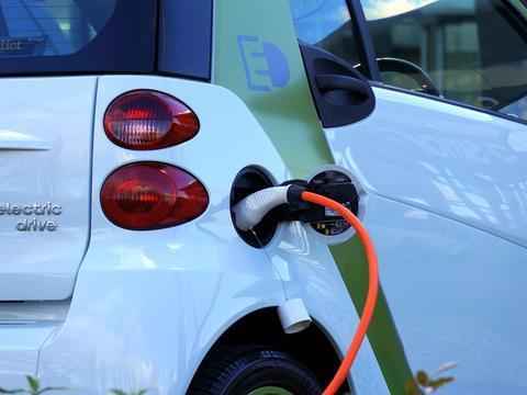 电动汽车越来越多,充电桩生意却掉下了风口