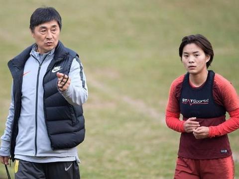 今日!东亚杯中国女足PK韩国,贾秀全率王霜等出战,CCTV5直播