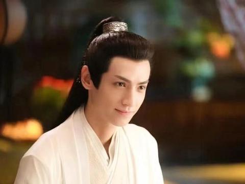 古装高马尾男神,肖战邓伦罗云熙朱一龙王一博,你喜欢谁?