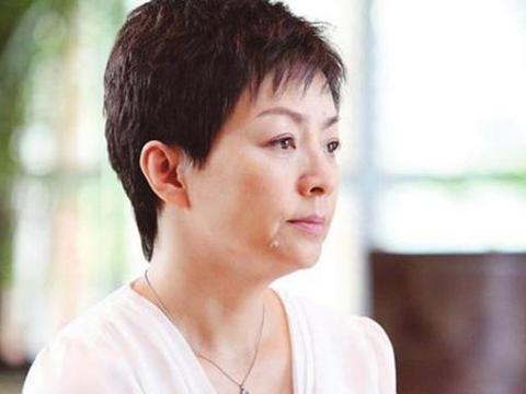 结婚次数最多的明星,不是宋丹丹,不是刘晓庆,而是结婚八次的她