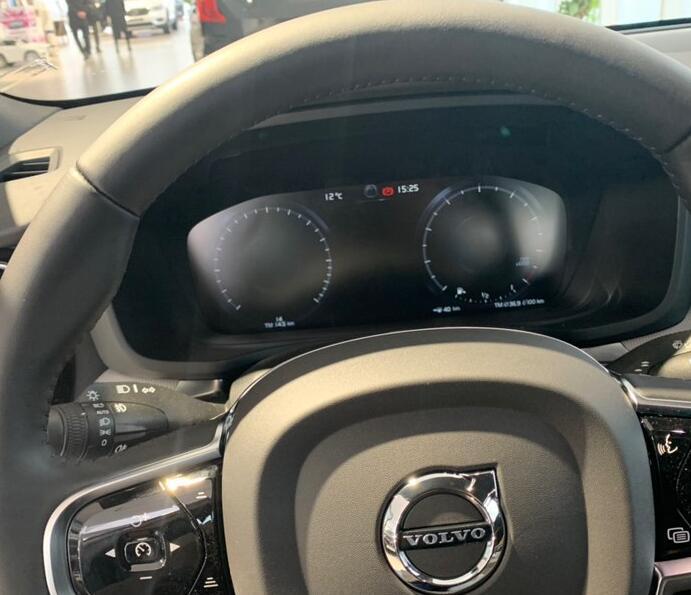 宝马3系最大竞品来了,预售28万共7款车型,质感比奥迪A4还出色