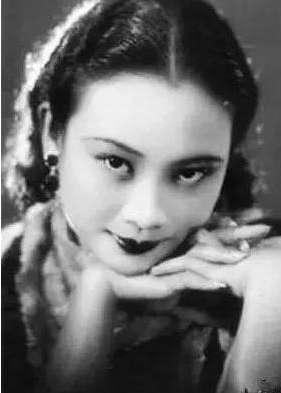 胡蝶:民国时期最美的女人,52岁成为亚洲影后
