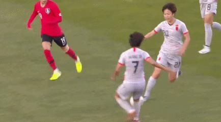 东亚杯-中国女足0-0韩国无缘开门红,王霜伤退杨丽中柱
