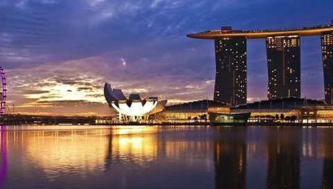 新加坡首富十年首次换人,新首富却是个中国人,卖四川火锅赚千亿