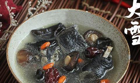 明日迎大雪节气,记得常喝这碗汤,鲜美滋补,身体倍儿棒不怕冷