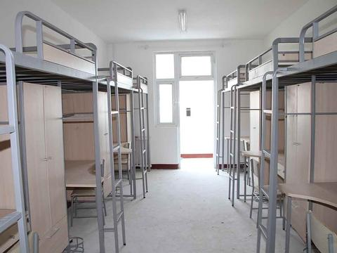 """大学选择床位小心""""掉坑"""",这两个床位谁选谁后悔,建议收藏"""