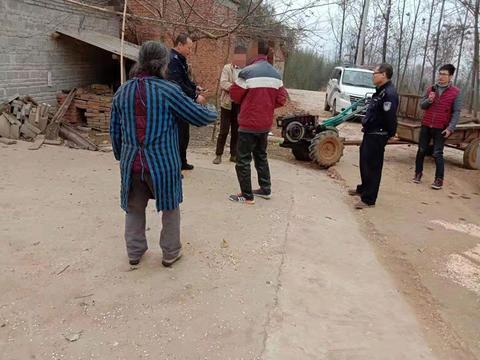 桐柏公安吴城派出所:两位村民起纷争   耐心细致来调停