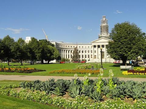 申论范文:坚持绿色发展,建设美丽城市