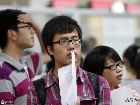 大学这3个专业课程多、难度高,学生想及格都不容易,但是好就业