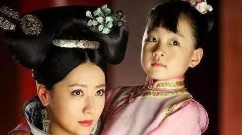 明清史话:她15岁入宫,未生育就封贵妃,生下3女后却连降3级