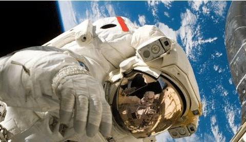 宇航员在太空中看到奇特现象, 其中最诡异的3种, 已超出人类认知