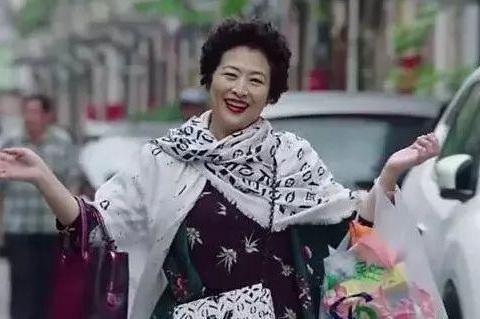 中国老人在美国引众怒: 北京三环两套房, 却跑到洛杉矶吃低保!