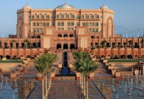 """全球比""""帆船酒店""""还""""奢华""""的酒店,就建立在沙漠中,堪比皇室"""