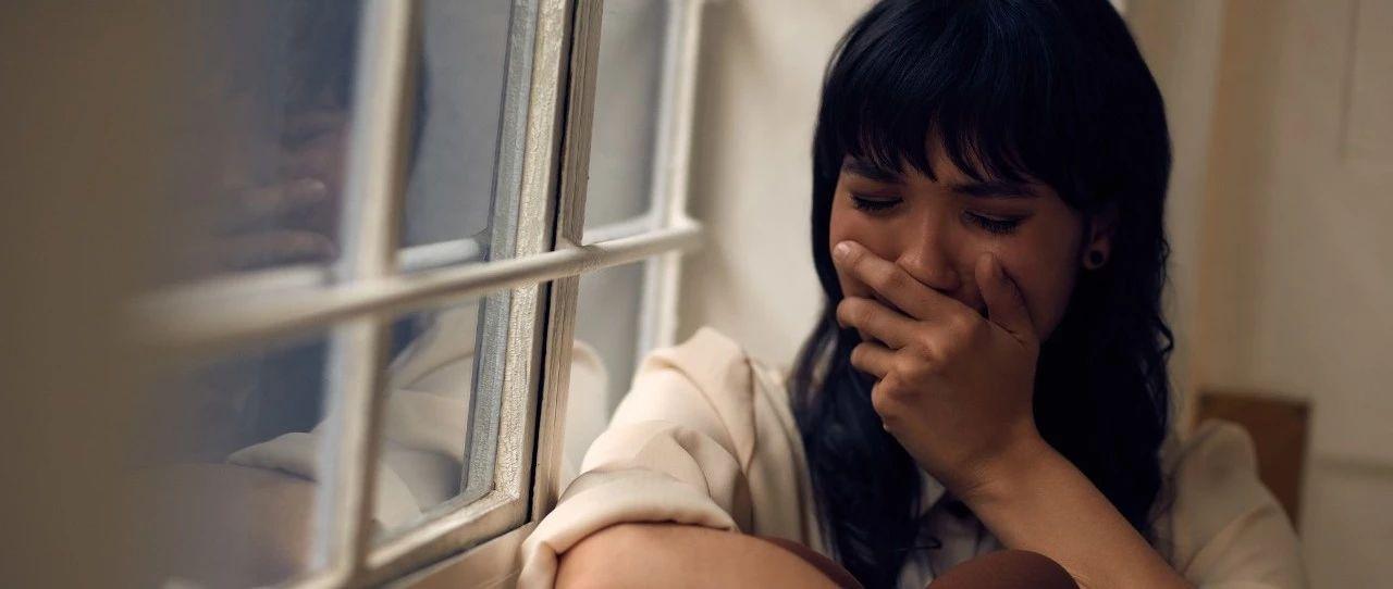 痛心!28岁母亲朋友圈很光鲜,却带着3岁儿子服毒自杀!这个动作把她害惨