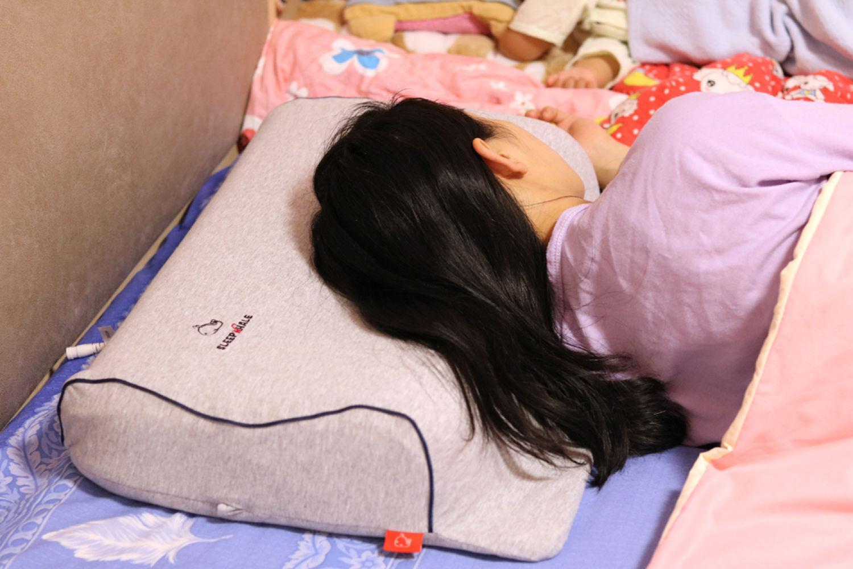 枕头选不好会导致颈椎病,试试这款智能充气枕