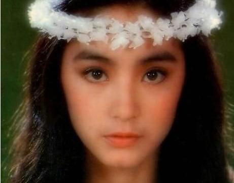19岁出道,曾让秦汉秦祥林痴迷,后嫁邢李原,今65岁还是女神