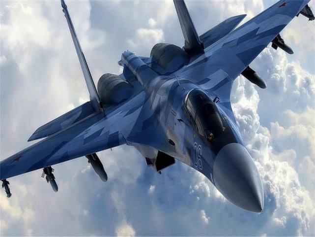 F-35战机越境偷袭!刚入境就被锁定,苏-35一飞冲天迎敌
