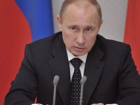 紧要关头,普京回应,世界目光聚焦俄罗斯,俄外长突访华盛顿