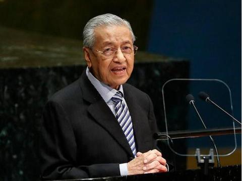 马来西亚总理马哈蒂尔承诺让位安瓦尔 但明年APEC峰会前不宜交棒