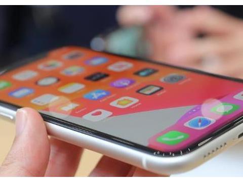 一加7TPro降价600,对比iPhone11,胜负不言而喻