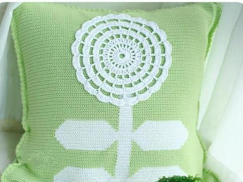 「钩编图解」花朵蕾丝、小兔子和柠檬西瓜抱枕