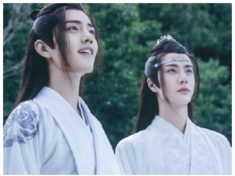 """有种""""双胞胎""""叫肖战王一博,两人换新发型后,简直傻傻分不清了"""