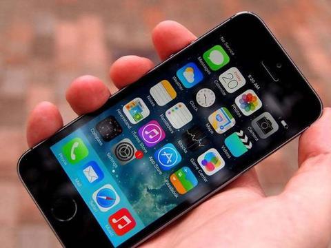 老设备还能再等等!苹果为iPhone 6及更早设备推送iOS 12.4.4