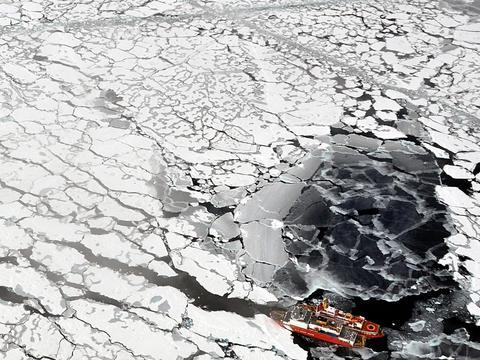 数据确认:古老冰层仅剩1%,北极大事不妙!气候危机一触即发?