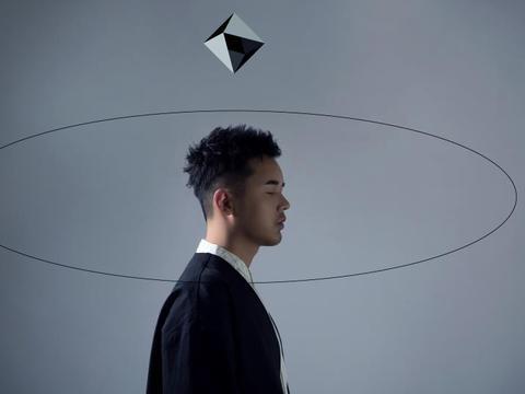 音乐制作人何柏诚首张创作概念专辑《超朦》已正式开启预售
