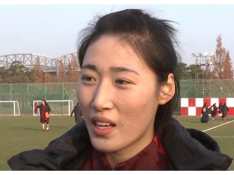 彭诗梦:由于踢亚冠与球队磨合不到位 韩国换帅后心气都不一样