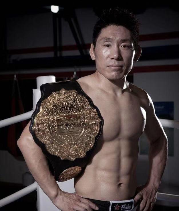 中国最年长的拳王宣布复出!51岁大叔重返拳坛要上台揍人