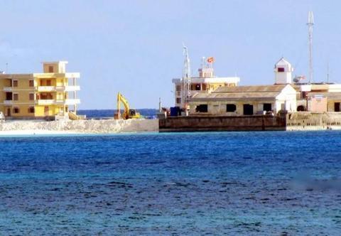 在非法岛礁上扩建施工,越南不再隐藏真正意图,却被怼是在卖惨