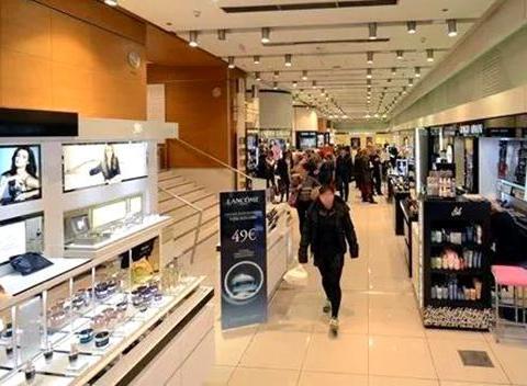 希腊首都雅典零售业重现生机 购物中心成投资热点