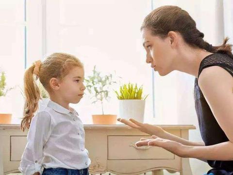 孩子顶撞家长该如何教育?子不教父之过,父母引导孩子更好地表达