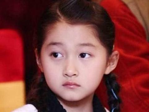 女星小时候照片:杨幂的忍了,林允的也忍了,杨紫的就忍无可忍了