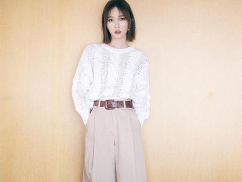 王珞丹出席电影首映礼造型,时髦又大方的职场穿搭范本