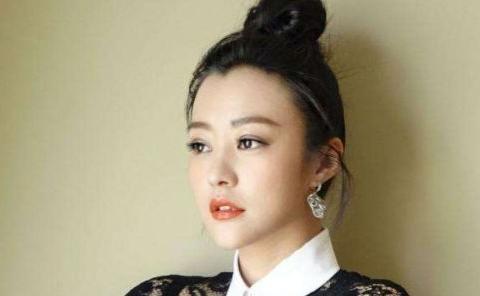邓超前女友,李光洁前妻,二婚嫁给刘烨,后又生下双胞胎儿子